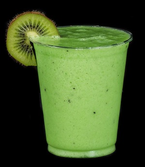 smoothie épinards-kiwi-banane